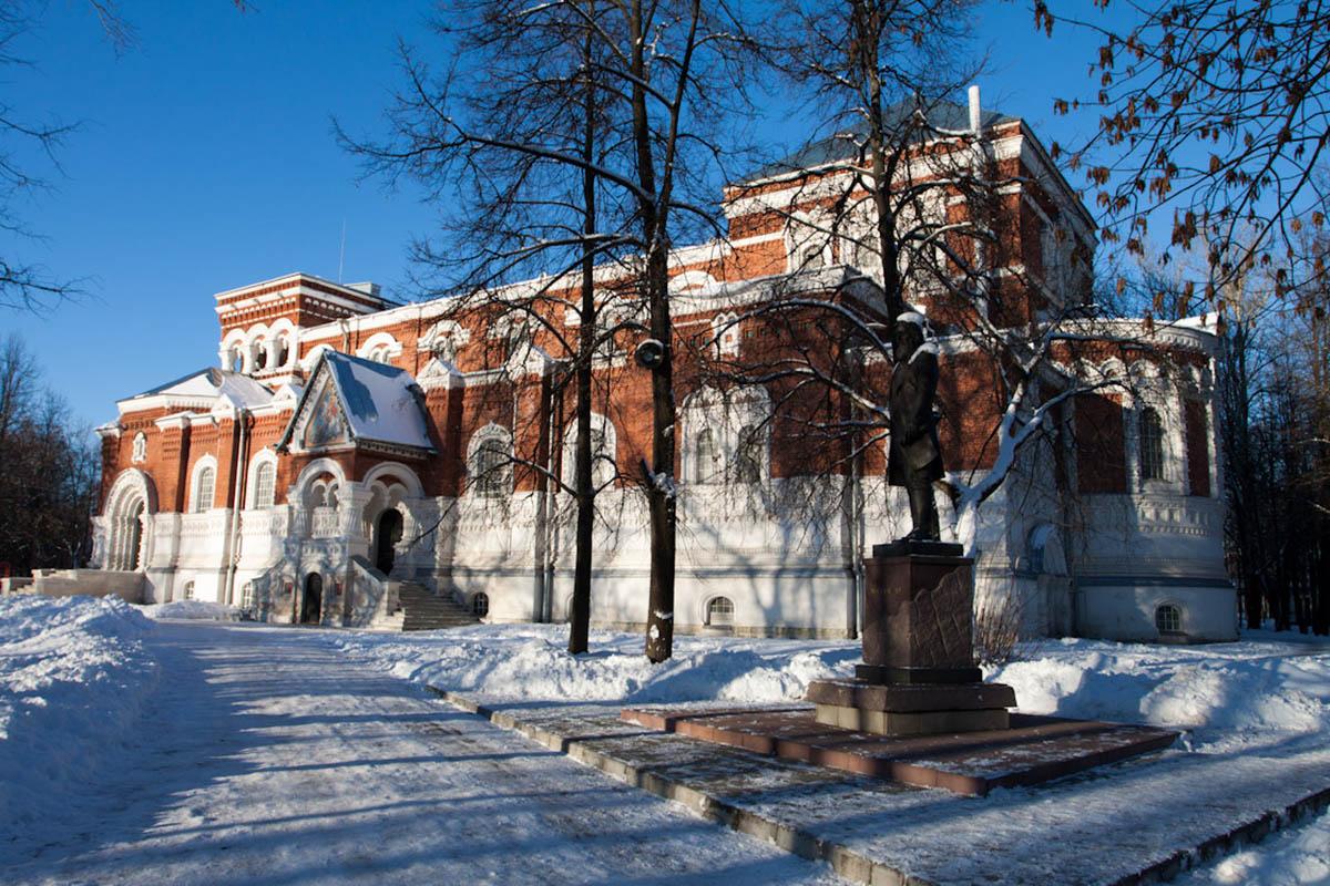 muzey-Gus-Hrustalnyiy-Vladimirskaya-oblast-Rossiya